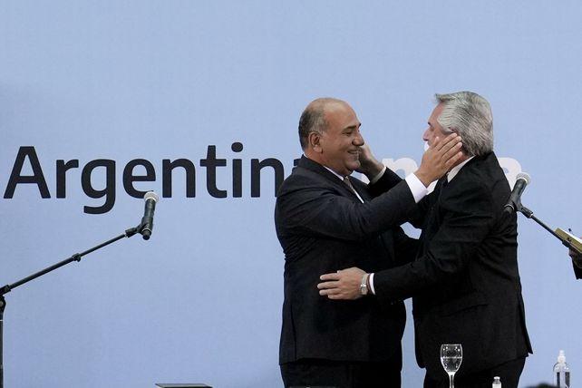 Juan Manzur asumió como nuevo jefe de Gabinete y se mostró muy activo en toda la semana.