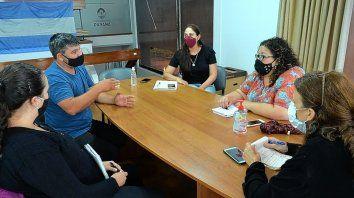 El director de Presupuesto Participativo, Exequiel Olivo, se reunió con Cecilia Pautaso, Defensora Adjunta del Pueblo y Ligia Blanco, Defensora de Derechos de las Personas Mayores.