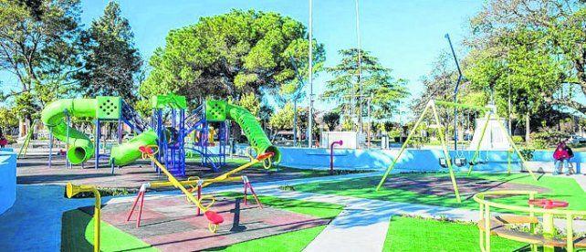 Juegos. El flamante parque Alberto Beto La Civita en plaza San Martín.