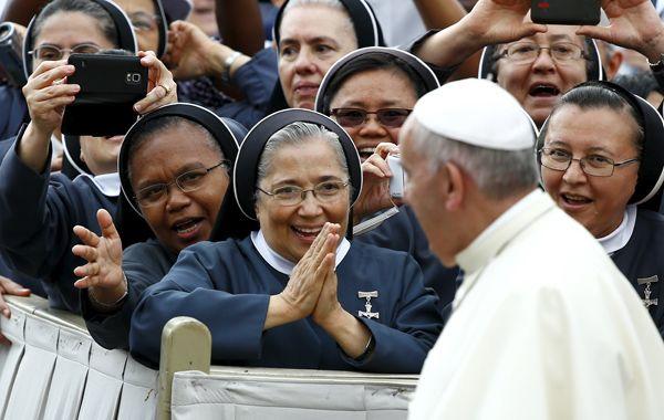 El jefe de la Iglesia católica dio un claro mensaje de apertura ante los retos de la familia moderna.