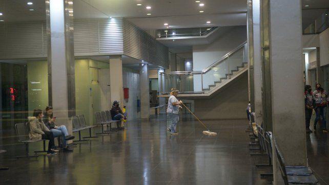 Sala de espera del Hospital de Emergencias Clemente Alvarez. (Foto de archivo)