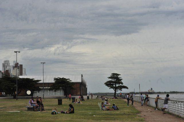 Rige un alerta por tormentas fuertes para Rosario y el sur de la provincia