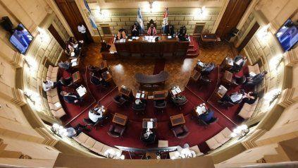 La oposición en el Senado valora el discurso dialoguista de Perotti pero quiere hechos concretos.