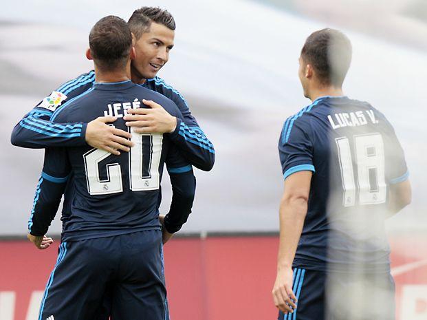 El comandante. Cristiano Ronaldo abrió el marcador en Balaídos.
