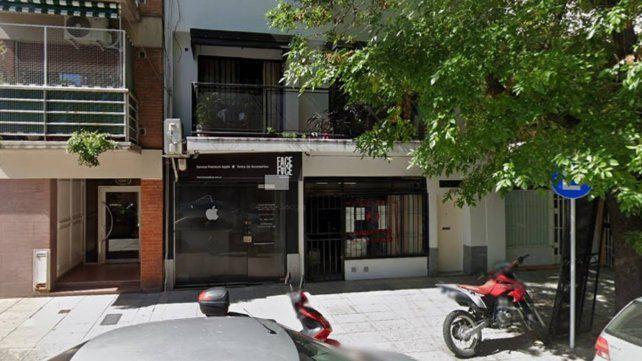 El frente del edificio en la calle Ciudad de la Paz