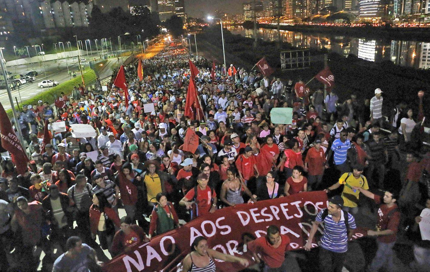 En la calle. El MTST reclama al gobierno de Dilma la expropiación de un terreno donde acampan familias sin vivienda.