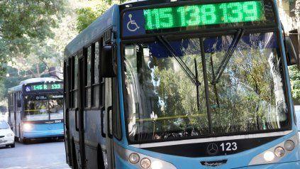 El transporte urbano de la ciudad está en situación crítica.