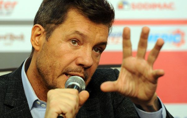 Tinelli en su habitual visita a la práctica de San Lorenzo habló como virtual presidente