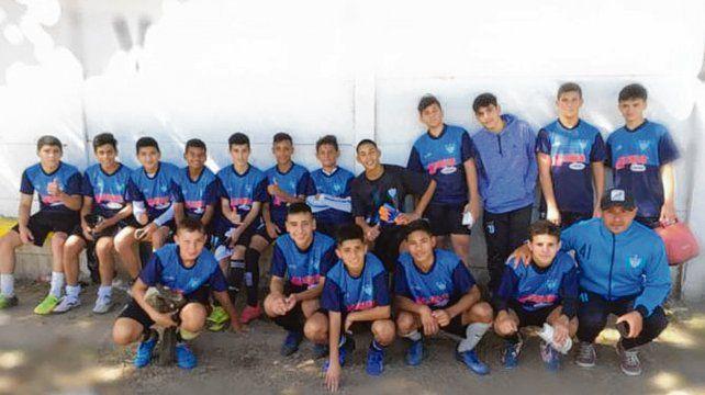 Los chicos: J. Acuña