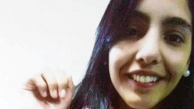 La niña Mónica Viviana Ríos.