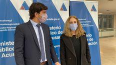 Los fiscales Viviana OConnell y Alejandro Ferlazzo este jueves en el Centro de Justicia Penal.