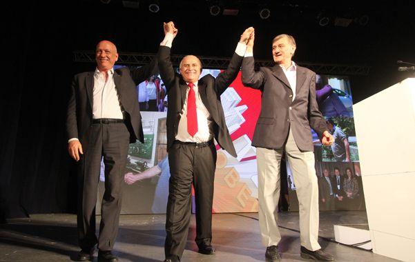 Miguel Lifschitz (centro) junto a Antonio Bonfatti y Hermes Binner.