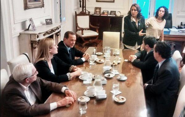 Los legisladores nacionales que sí acudieron a la reunión con Fein. (Foto: Twitter@dhfiori)