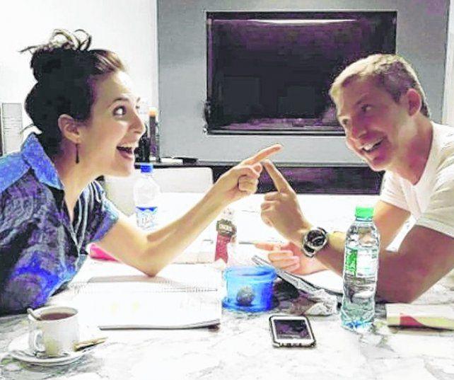 El fútbol o yo. Con Julieta Díaz y Adrián Suar se estrenaría en agosto.