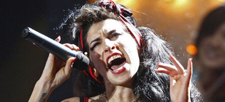 Amy Winehouse: su salud no la dejaría ir al concierto de Mandela y a Glastonbury