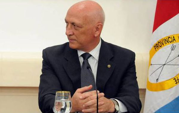 El mandatario provincial señaló que hay que fortalecer a las provincias