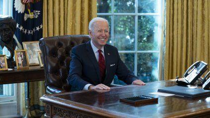 El presidente Biden celebró los datos sobre la economía y no dejó de atribuirse parte del mérito.