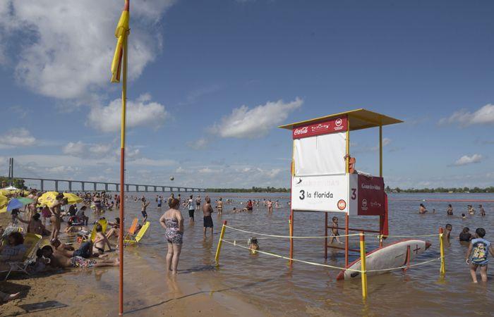 El balneario La Florida y la Rambla Catalunya ya casi no tienen playas. (Foto La Capital/ Héctor Rio)