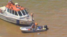 el cadaver hallado mientras flotaba en el rio parana pertenece a un hombre