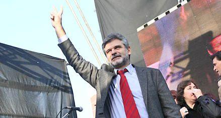Filmus asegura que no se bajará del ballottage contra Macri