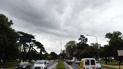 Se renovó el alerta por vientos fuertes con ráfagas para Rosario y la región