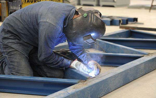 Gimbatti explicó que este año la creación de empleo fue mayormente por contrato temporario.