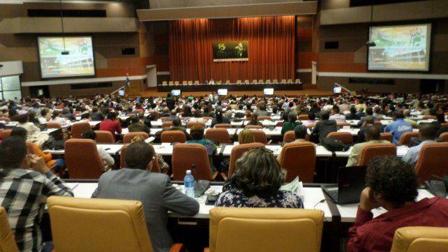 La conferencia de Frei Betto fue seguida a sala llena.