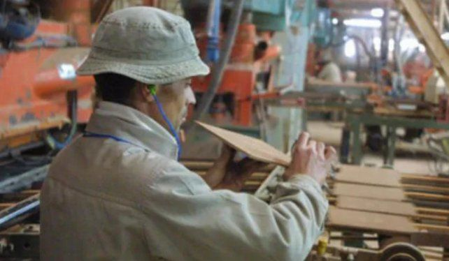 Crecimiento. La industria tracciona el aumento de la actividad económica provincial..