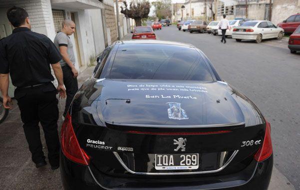 Auto. El Peugeot importado en que mataron a Pérez en septiembre de 2012.