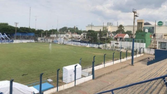 El estadio del salaíto permanecerá cerrado y el plantel aislado hasta tener los resultados finales.