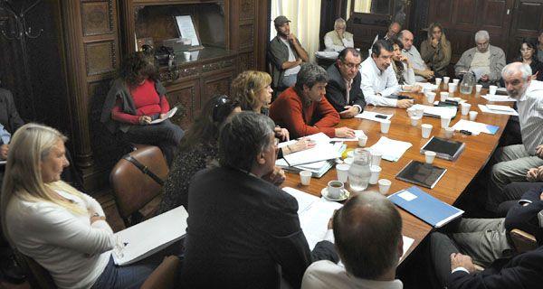 En Rosario ya vimos como algunos privados se aprovecharon de la obra pública