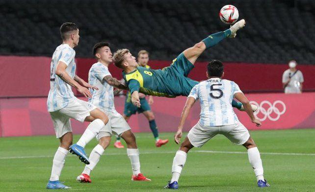 Argentina no pudo con el juego más atildado de Australia y cayó en el debut en los Juegos Olímpicos.