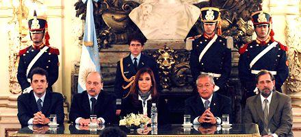 Cristina usa reservas para saldar la deuda con el Club de París