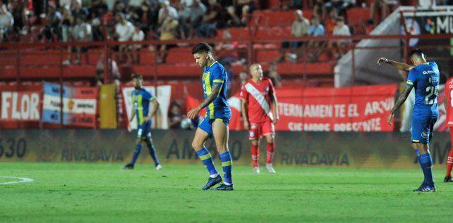 El último instante de Martínez en Central, en cancha de Argentinos Juniors.