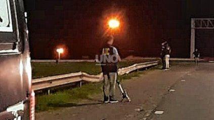 Colocó piedras en la autopista Santa Fe-Rosario para robar: le imputan tentativa de homicidio