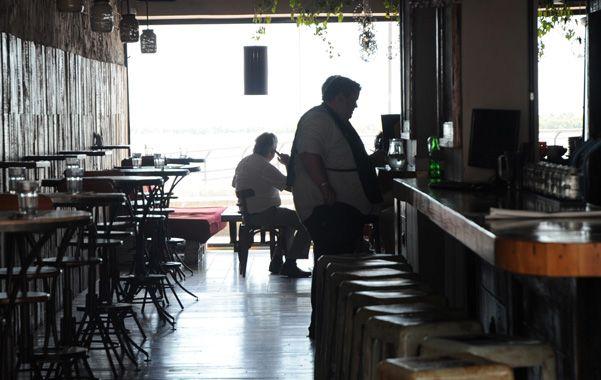 El local gastronómico asaltado ayer a las 8.15 está en Cándido Carballo al 100
