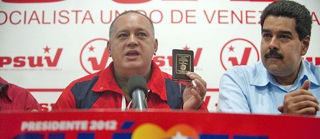 Aferrados al poder. Cabello y Maduro ayer