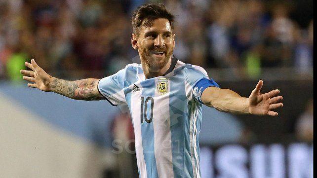 Messi y su romance con la selección sigue intacto. No puede jugar ante Ecuador pero sí puede hacerlo en La Paz.