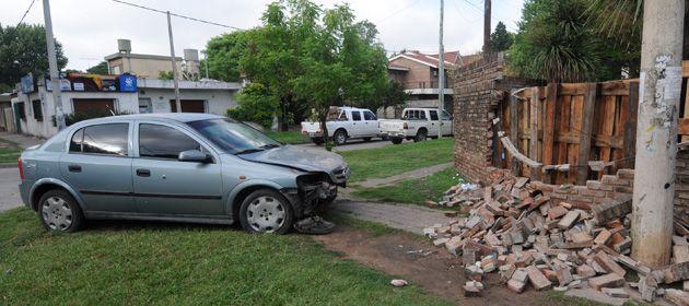 Así quedó el auto que conducía Padilla. Tras recibir los balazos