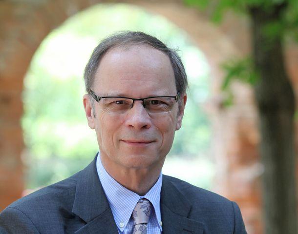 El francés Jean Tirole fue galardonado hoy con el premio Nobel de Economía.