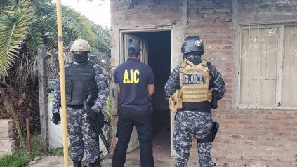 Personal de la AIC realizó allanamientos en la zona norte de Rosario.