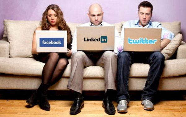 Redes sociales, culpables del insomnio de los internautas
