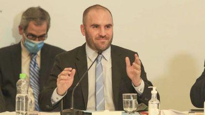 El ministro de Economía, Martín Guzmán, es el encargado de redactar la norma que sería presentada este martes con el nuevo piso del Impuesto a las Ganancias.