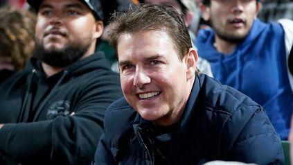 ¿Qué te has hecho? El actor, de 59 años, dio el presente en el asistió al juego de béisbol entre los Dodgers y los Gigantes con una cara llamativa.