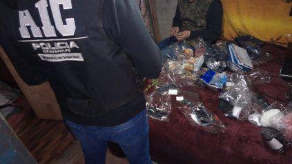 Los allanamientos fueron realizados por personal de la Agencia de Investigación Criminal (AIC).