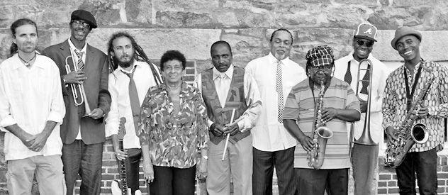 La banda jamaiquina llega a Rosario. Varias generaciones se dan cita en el grupo rearmado en los 80.