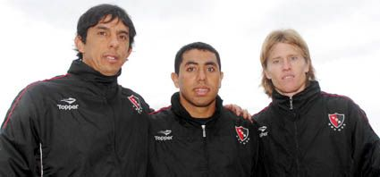 Newells: Barrientos, Achucarro y Mateo fueron presentados en Bella Vista