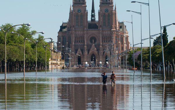 El agua ingresó al subsuelo del templo