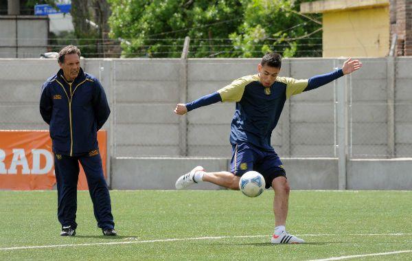 De la cantera. Nery Domínguez se moverá un poco más adelantado. (Foto: E. Rodríguez Moreno)