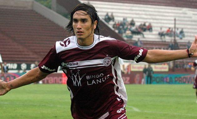 El futbolista que volvió al club y fue presentado como uno de los nuevos refuerzos de Lanús